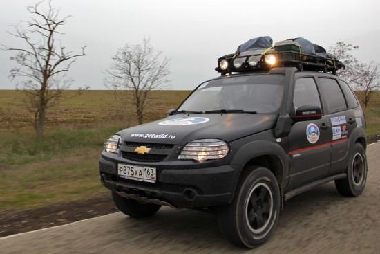 Устройство для перевозки грузов на крыше
